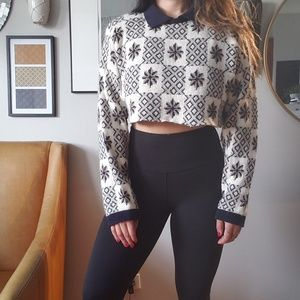 Vintage // Christmas print collared thick crop top
